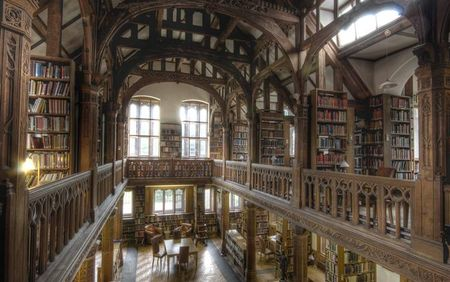 Gladstone's Library 2