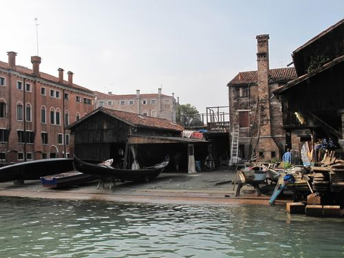 Gondola yard